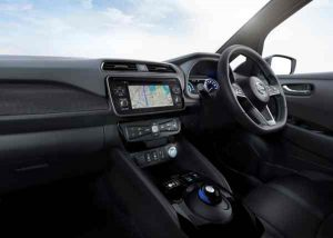 Blick in den Innenraum: Nissan Leaf 2017